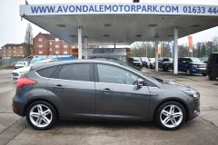 FORD FOCUS ZETEC EDITION GREY SAT NAV AIR CON FAMILY CAR LOW MILES TDCI - 2802 - 7