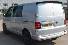 VOLKSWAGEN TRANSPORTER T28 TDI P/V HIGHLINE MODIFIED DAY VAN WITH CARPET AND WINDOWS - 2477 - 3