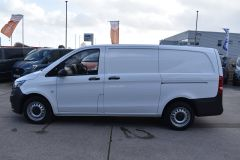 MERCEDES VITO 111 lONG PANEL VAN TWIN SIDE DOORS TAIL GATE  - 2231 - 4