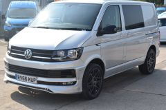 VOLKSWAGEN TRANSPORTER T28 TDI P/V HIGHLINE MODIFIED DAY VAN WITH CARPET AND WINDOWS - 2477 - 2