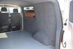 VOLKSWAGEN TRANSPORTER T28 TDI P/V HIGHLINE MODIFIED DAY VAN WITH CARPET AND WINDOWS - 2477 - 16