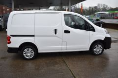 NISSAN NV200 DCI ACENTA WHITE VAN TWIN SIDE DOORS - 2083 - 15