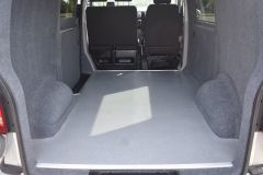 VOLKSWAGEN TRANSPORTER T28 TDI P/V HIGHLINE MODIFIED DAY VAN WITH CARPET AND WINDOWS - 2477 - 12
