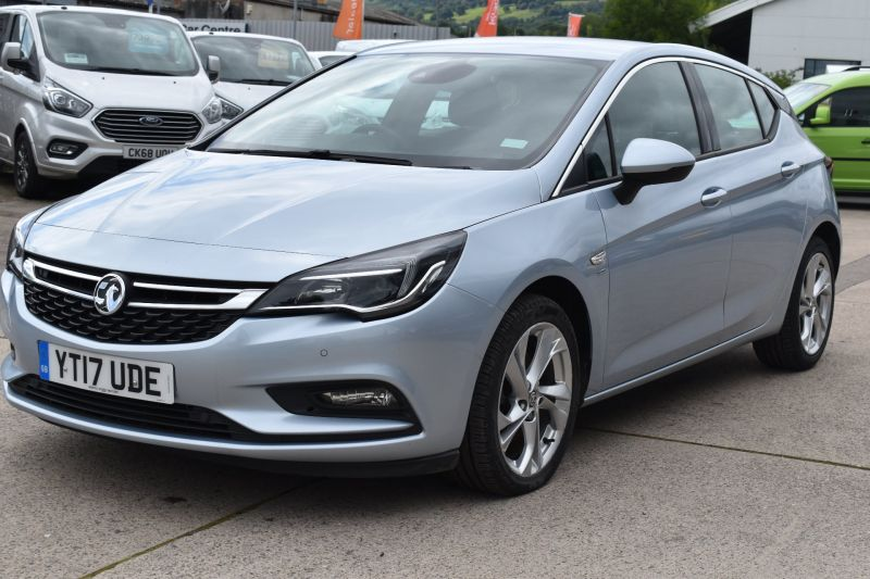 Used VAUXHALL ASTRA in Cwmbran, Gwent for sale