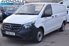 MERCEDES VITO 111 lONG PANEL VAN TWIN SIDE DOORS TAIL GATE  - 2231 - 1