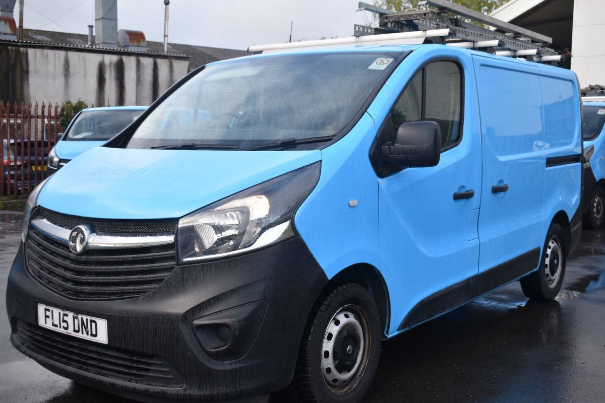 Used VAUXHALL VIVARO in Cwmbran, Gwent for sale